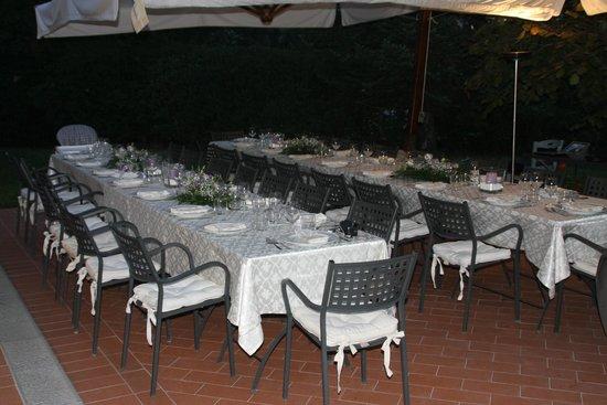 Il Selvino: Diner op terras