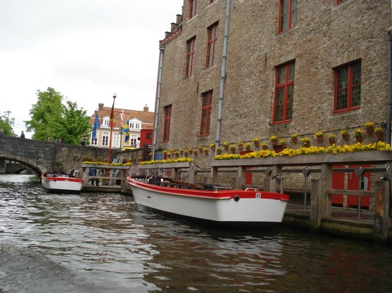 Canal Boat Tours: Boat Tour