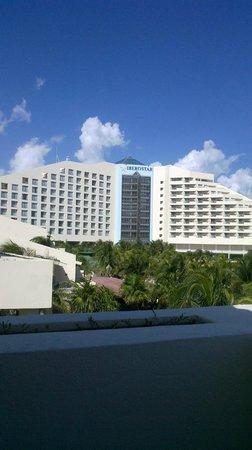 Iberostar Cancun: desde el balcon de la villa plumbago