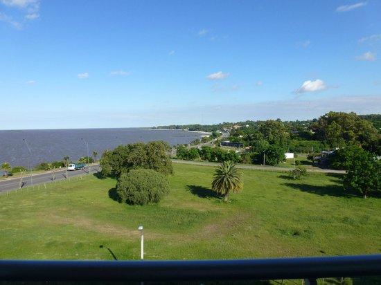 Costa Colonia Riverside Boutique Hotel: Vista desde el balcón del piso 4