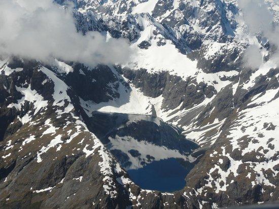 Glenorchy Air: Lake