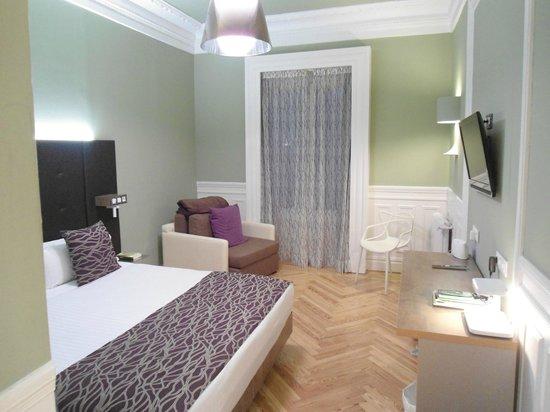 Petit Palace Lealtad Plaza : Foto do quarto