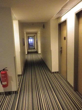 Holiday Inn Express Muenchen Messe : Interno