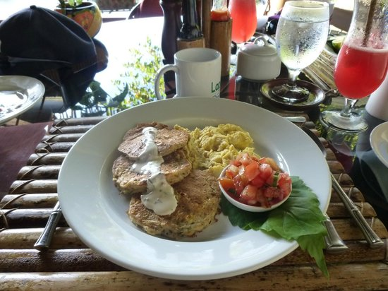 Lapa Rios Ecolodge Osa Peninsula: Central american corn cakes, yummy breakfasts!
