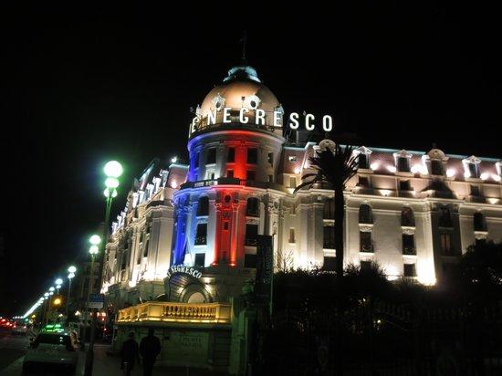 Hotel Suede : Cocktails at Le Negresco