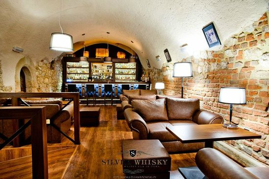 Silver Whisky Pub