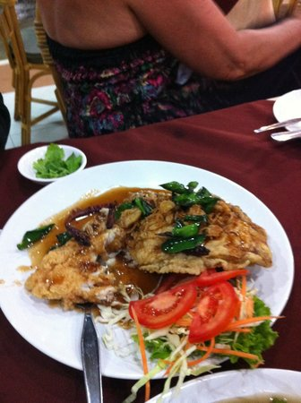 Long Table Restaurant: fish filet  sweet & sour