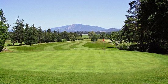 North Saanich, Canada: Golf course