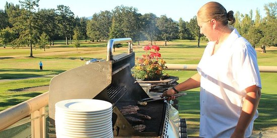 Glen Meadows Golf & Country Club: Summer barbecues on our deck