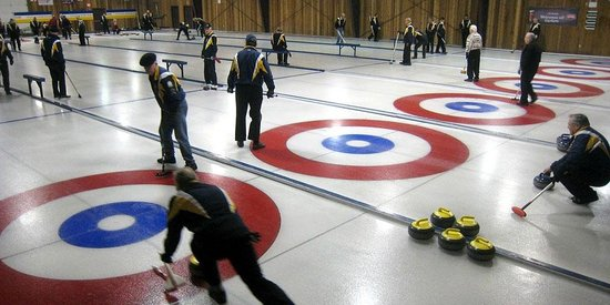Glen Meadows Golf & Country Club: Curling rink