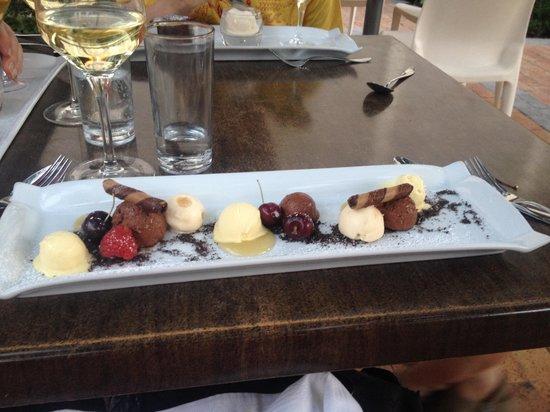 Emily's: Devine chocolate dessert