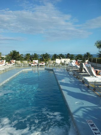 The Hotel of South Beach: Jacuzzi bubbles and one end of the pool