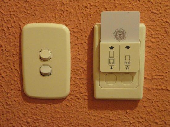 Raices Esturion Hotel: Corte automático de corriente con llave