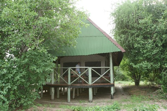 Tarangire River Camp: lodge from outside