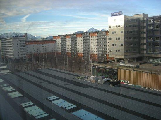 H+ Hotel Salzburg: Blick aus dem Zimmer 515