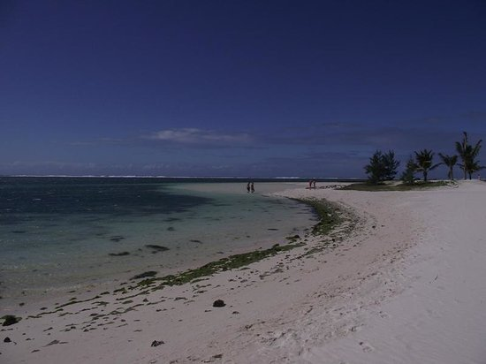 LUX* Belle Mare : Belle Mare White Sand Beach