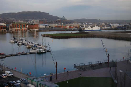 Premier Inn Belfast Titanic Quarter Hotel: View from room on 6th floor.