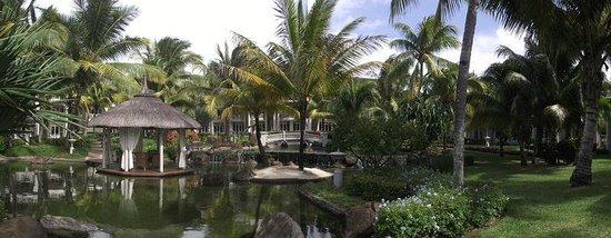LUX* Belle Mare: Fabulous gardens
