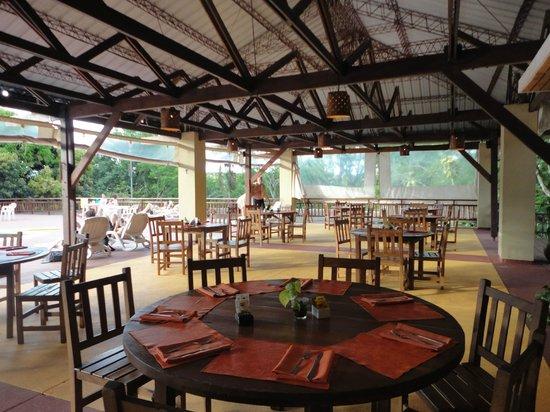 Raices Esturion Hotel: Comedor del sector recreativo