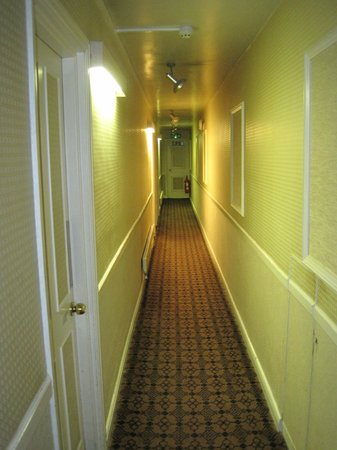 The Spread Eagle Hotel: Hallway