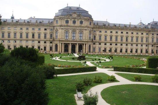 Die Residenz: O palacio e seu jardim