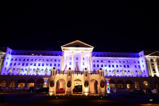 The Greenbrier: What Entrance