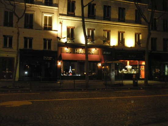 Hotel Massena: massena by night
