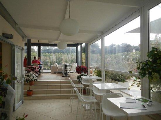 Hotel De Petris: Breakfast Dining Area