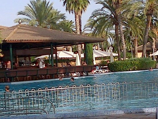PortBlue Club Pollentia Resort & Spa : Poolside bar