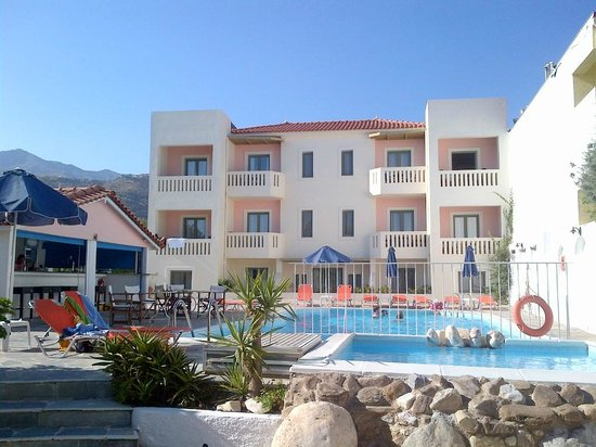 Aphrodite Hotel & Suites: NOT the building we stayed in