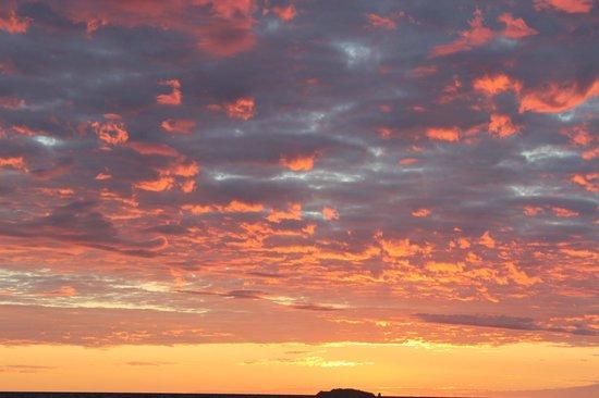 Komba Forever: sunset