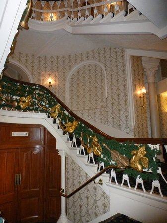 Best Western Duke Of Cornwall Hotel: The Stairs