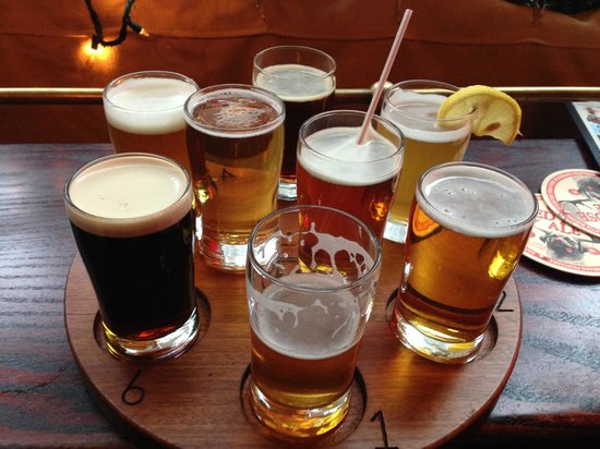 Heartland Brewery Chophouse: Taster beer selection