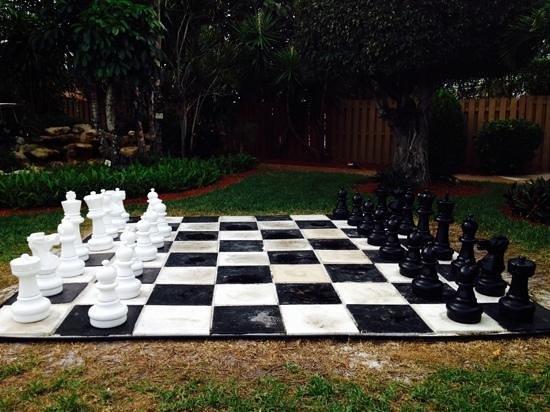 Best Western Palm Beach Lakes Inn: hotel gigant chess