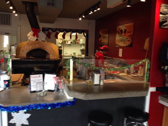 Riggatti's Wood Fired Pizza: The oven is pretty cool