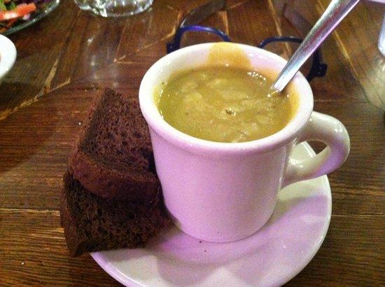 Schilo's Delicatessen: Schilo's famous Split Pea Soup with delicious dark Russian rye