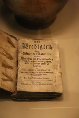 Luray Valley Museum: first Bibel in German
