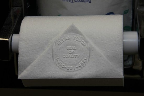 Fairfield Inn & Suites White River Junction: Toilet Tissue with Stamp
