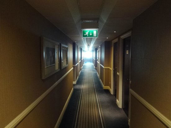 Millennium & Copthorne Hotels at Chelsea Football Club : Corridor