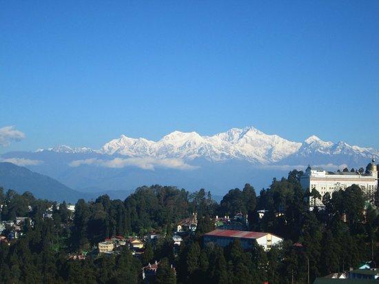 Dekeling Hotel: View of Kangchenjunga from attic room