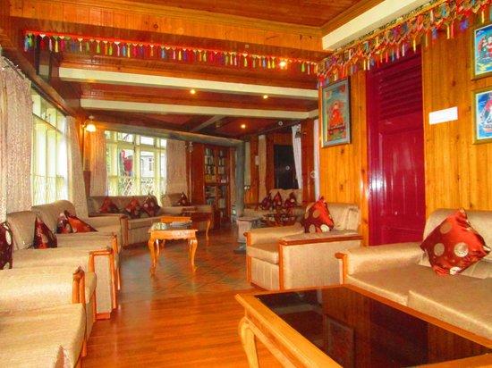 Lounge room at Dekeling Hotel
