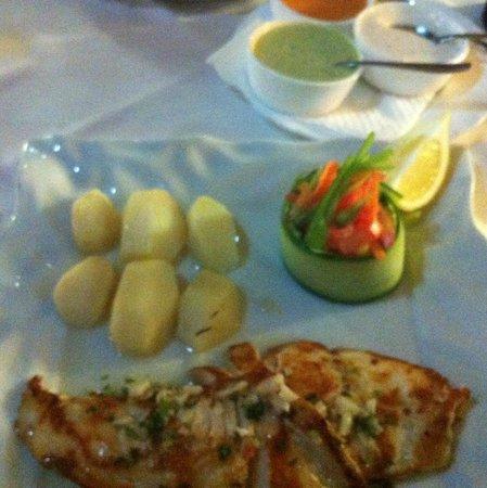 La Casita Asador: Fisk med 3 lika såser, gudomligt god!