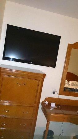 Hotel Vermont: otro tocador y tv enorme
