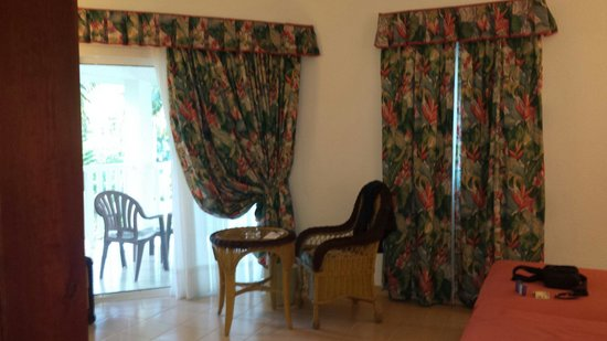 ClubHotel Riu Merengue: Our room... rooms are lovely tbh