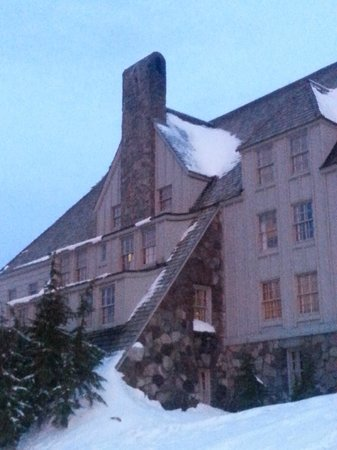 Timberline Lodge: Our room #110 :) Totally recommend