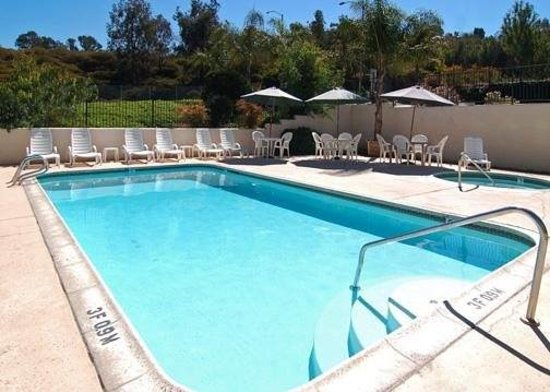 Rodeway Inn & Suites El Cajon San Diego East: Swimming Pool
