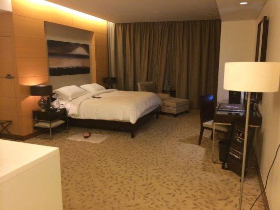 Address Dubai Mall: Spacious studio room