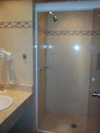Hotel Gillow: Bathroom
