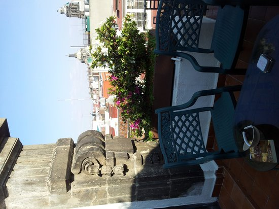 Hotel Gillow: Terrace with Zocalo Cathedral in background