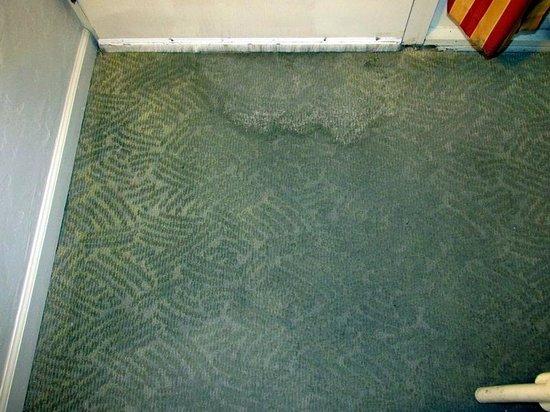 BEST WESTERN PLUS Monterey Inn: Room Entry